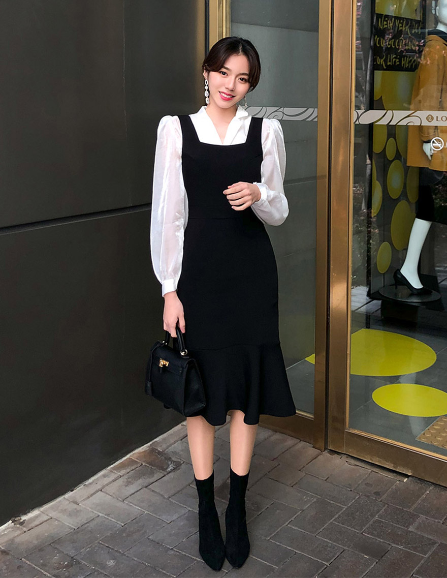 달리호텔 / Square Neck Pinafore Dress
