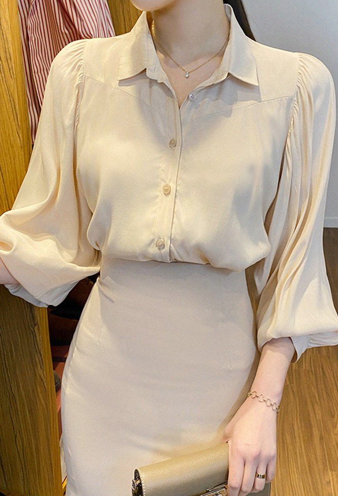 달리호텔 / Semi Satin Volume Sleeve Blouse_H64115