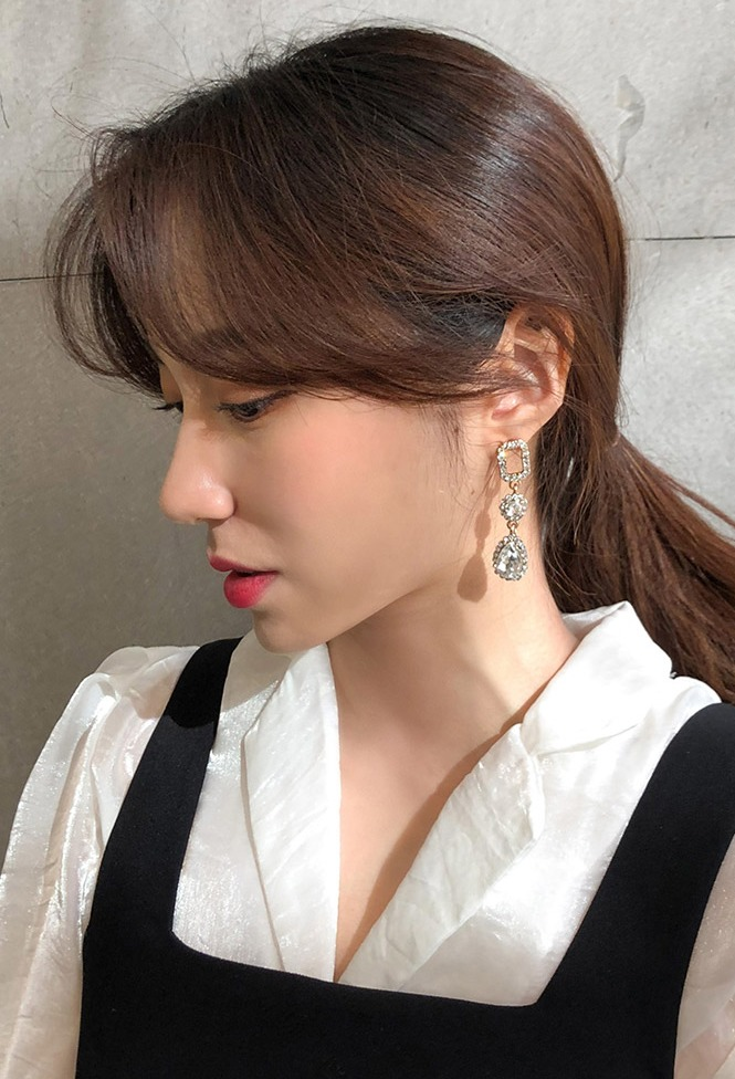 달리호텔 / Unbalanced Cubic Earring